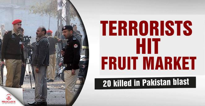 Pakistan: Terrorists hit fruit market