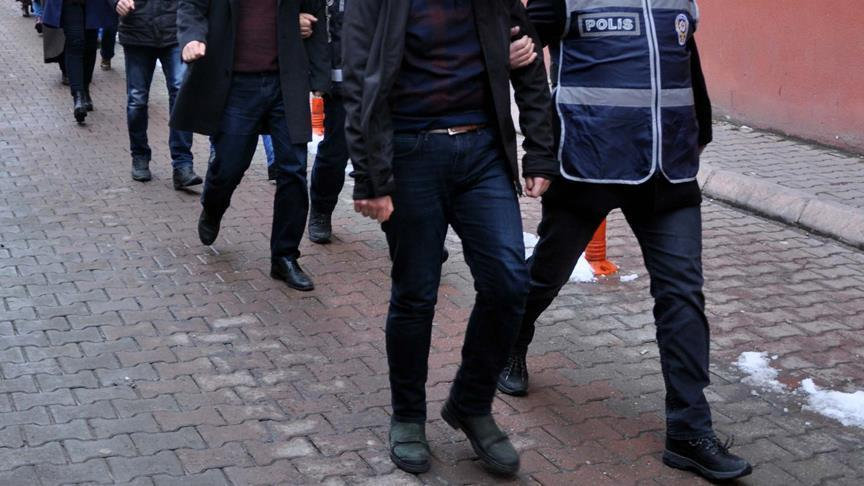 22 FETO terrorist suspects arrested across Turkey