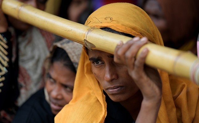 6,700 Rohingya killed in Myanmar in one month, aid group says