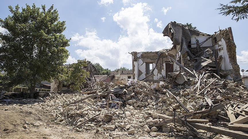Another deadly earthquake hits northern Italy