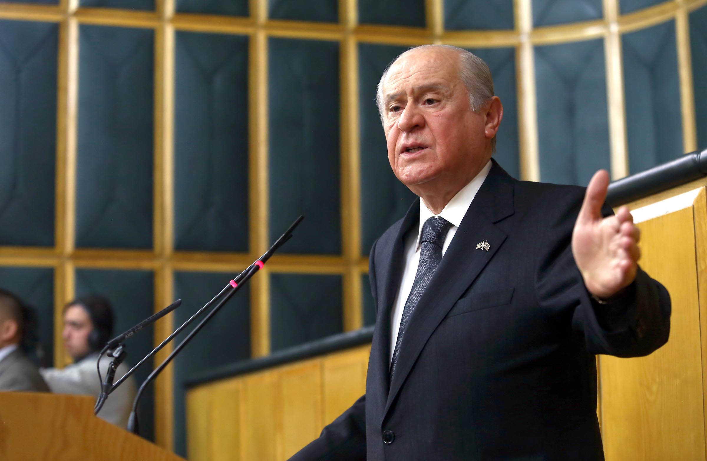 Bahceli urges CHP to cooperate on new constitution