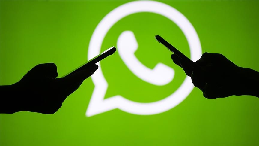 Balking at forced update, users jump ship from WhatsApp