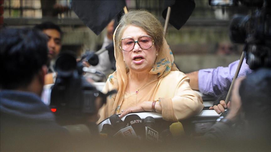 Bangladesh opposition leader gets arrest warrants