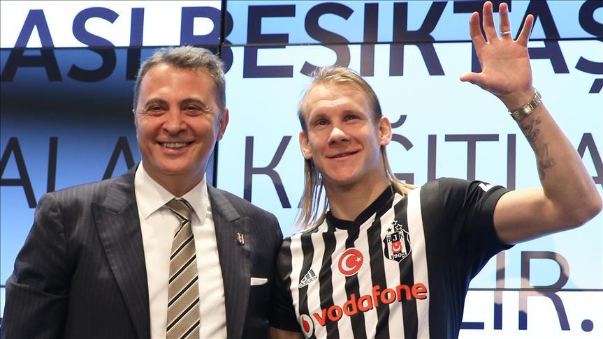 Besiktas strengthen defense line with Vida signing