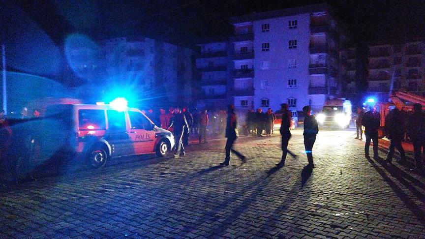 Car bomb kills 2, wounds 15