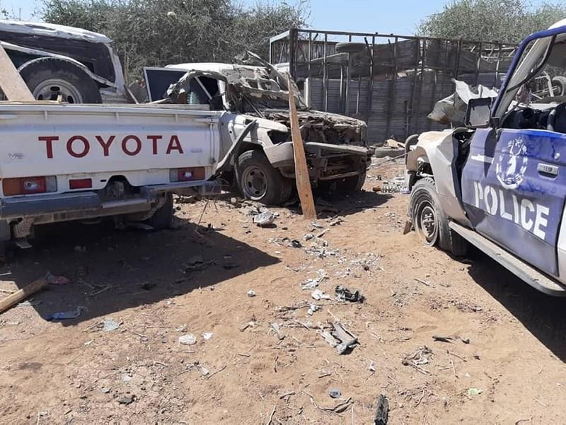 Car bomb targets Turkish contractors in Somalia, 15 injured