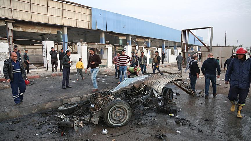 Car bombing attack kills 12 in Iraq's Baghdad