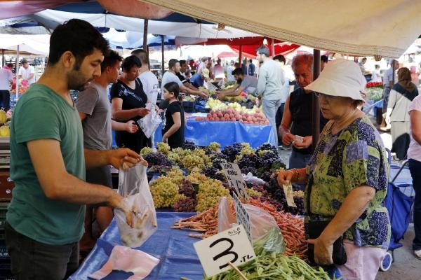 Cheap fruits and vegetables become dream of citizens