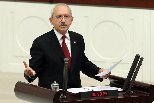 CHP leader calls on all politicians to announce forex accounts