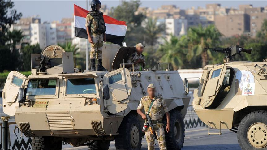 Christians leave Egypt's Sinai after attacks
