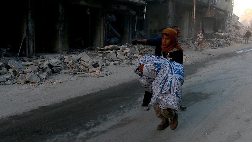 Cluster bomb attack kills 4 in Syria's Aleppo