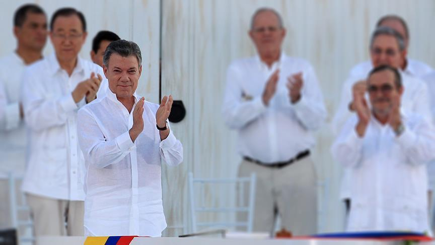 Colombia extends cease-fire with FARC