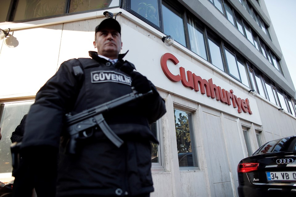 Cumhuriyet newspaper staff sent to prison pending trial
