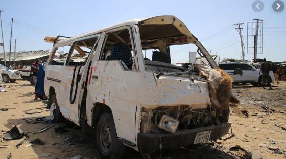 Death toll rises to 90 in bomb car attack in Somalia