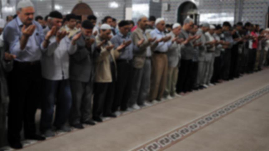 Egyptians, Turks pray for Sinai mosque bombing victims