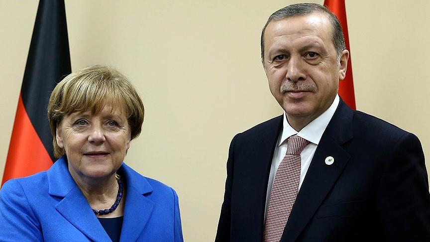 Erdogan, Merkel discuss Incirlik air base dispute