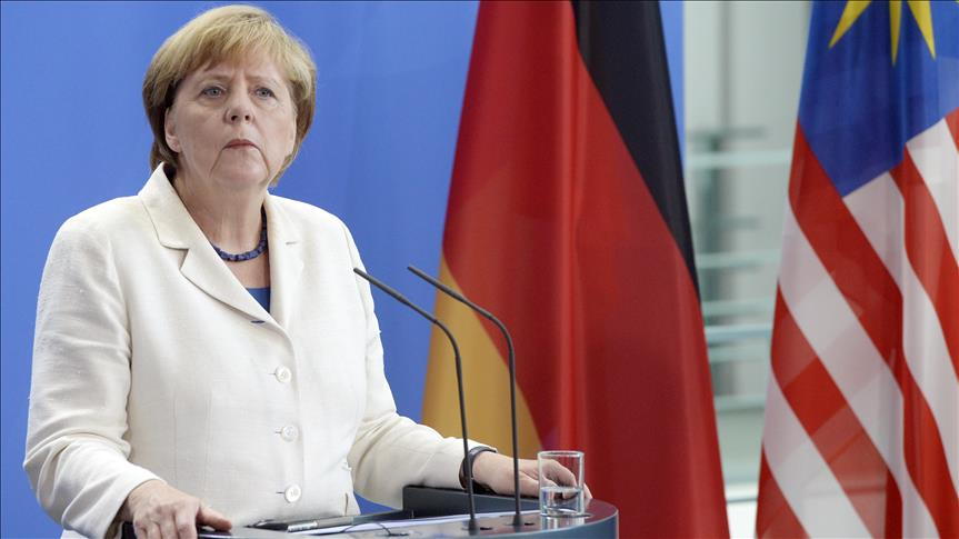 EU cannot close doors to Muslim refugees, says Merkel