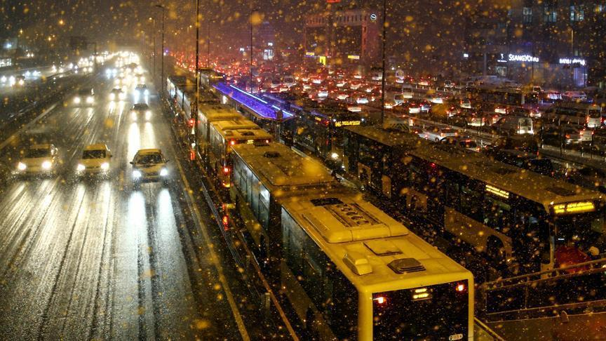 Extreme winter conditions hit Istanbul