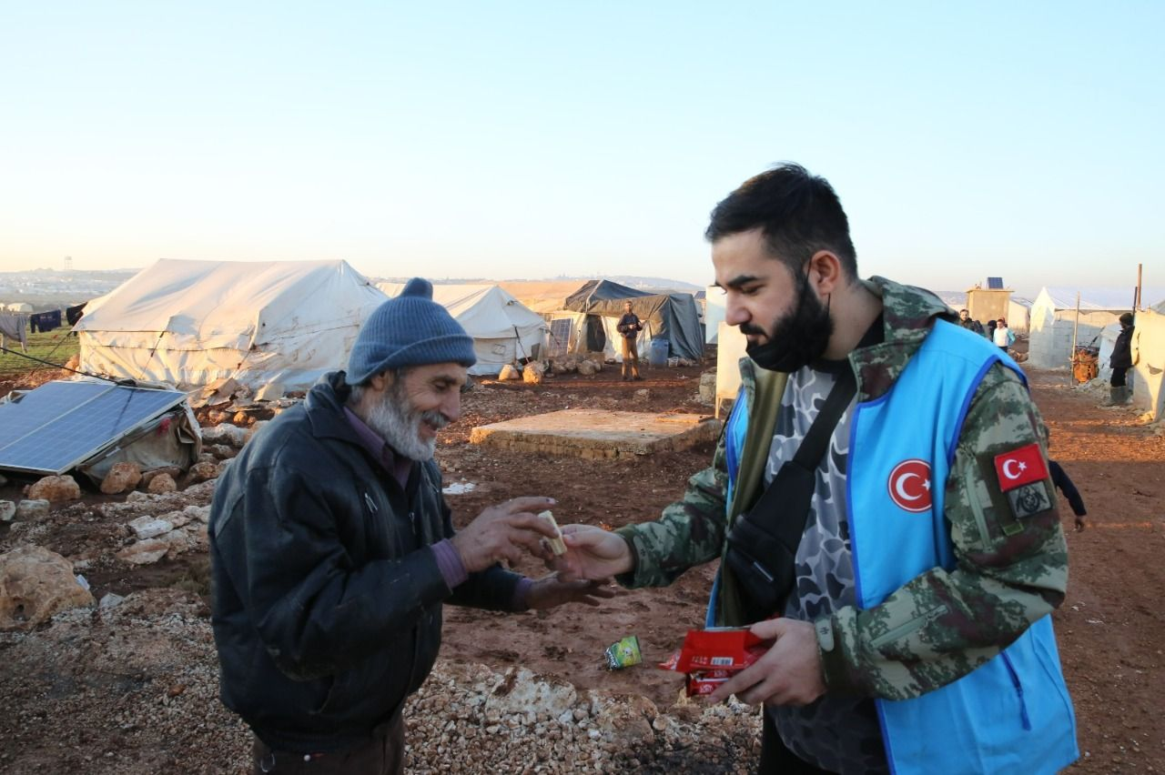 Families living in mud in Idlib got a warm home