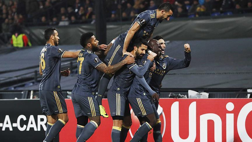 Fenerbahce defeats Feyenoord in Europe League