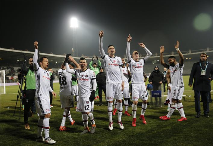 Football: Besiktas first semi-finalist of Turkish Cup
