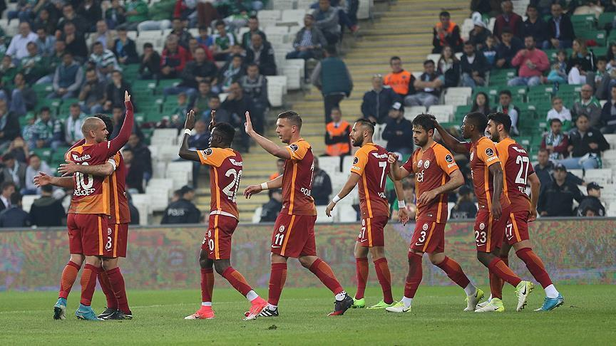 Football: Galatasaray trash Bursaspor 5-0