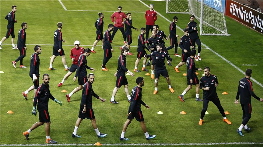 Football: Turkey, Republic of Ireland to play friendly