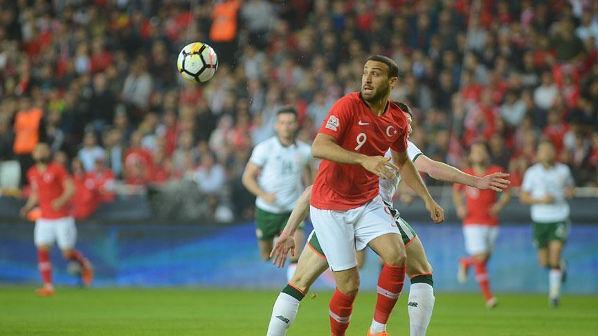 Football: Turkey shuts out Rep. of Ireland in friendly