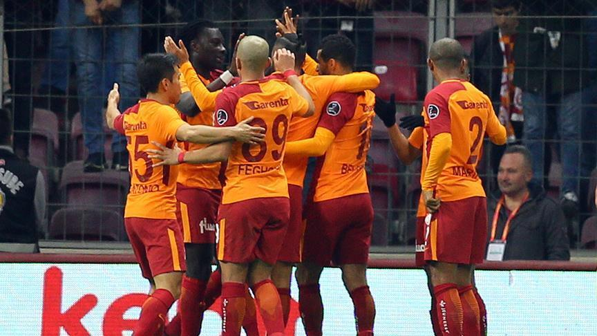 Galatasaray dominant at home, rout Bursaspor 5-0