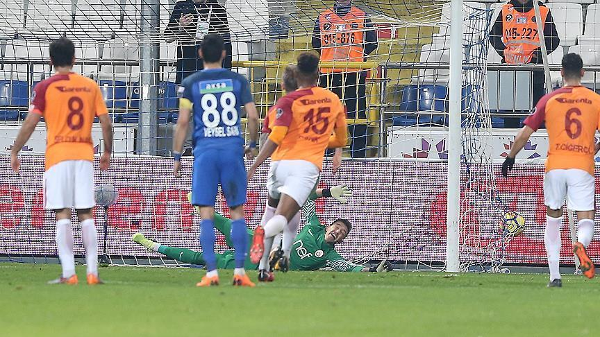 Galatasaray falls to Kasimpasa, loses leaders spot