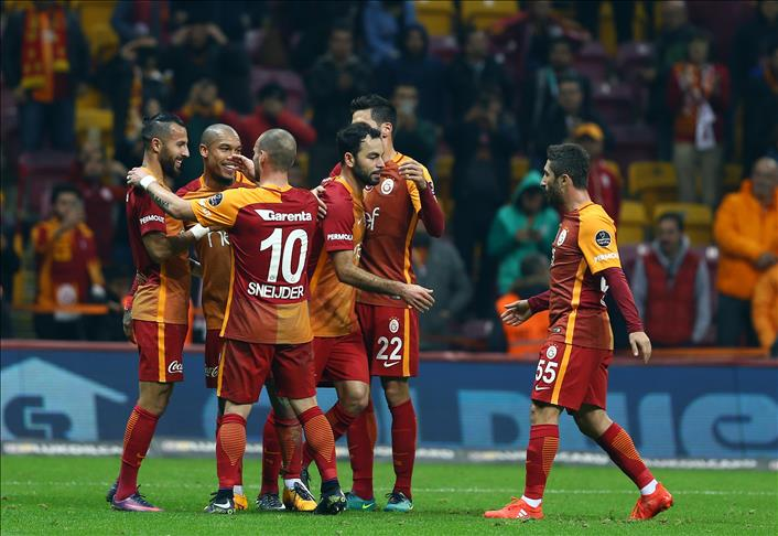 Galatasaray gets win in emotional match