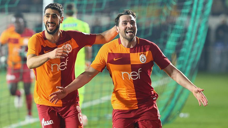 Galatasaray grab 2-1 away lead in Turkish Cup