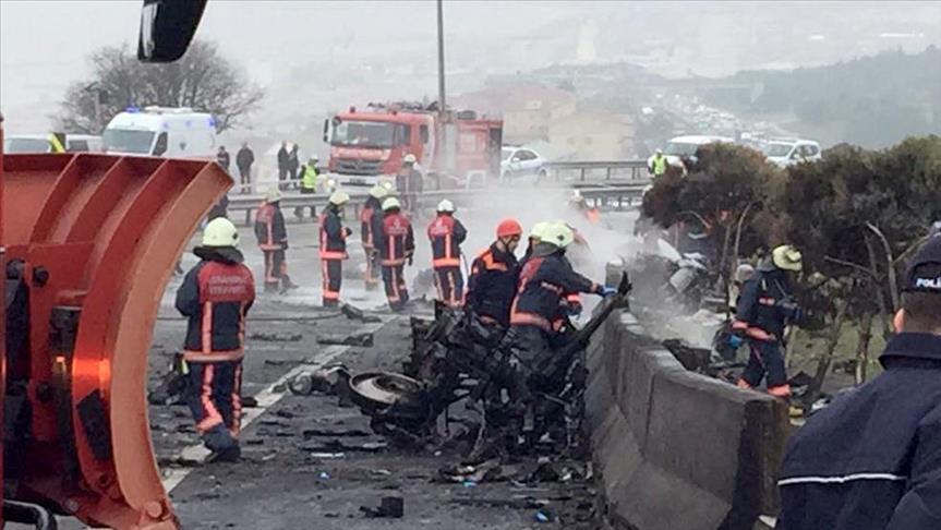 Helicopter crashes in Istanbul's Buyukcekmece