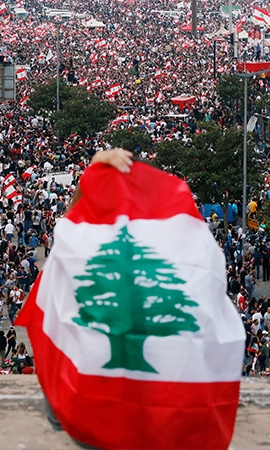 Hundreds of protesters injured as anger simmers in Beirut