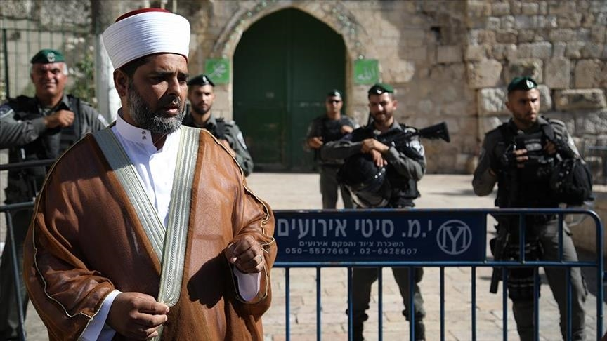 Israel summons director of Jerusalems Al-Aqsa Mosque