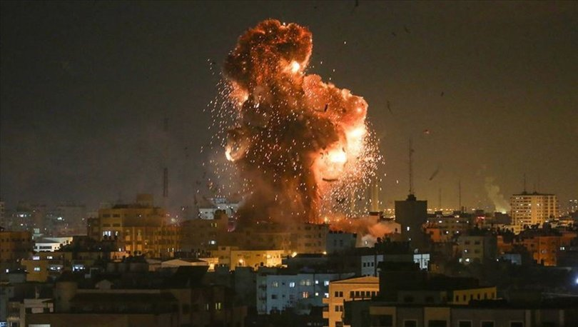 Israeli regime's warplanes hit different sites in Gaza