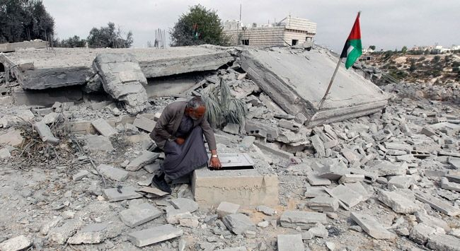 Israeli regime razes Araqeeb village, displaces its residents for 177th time