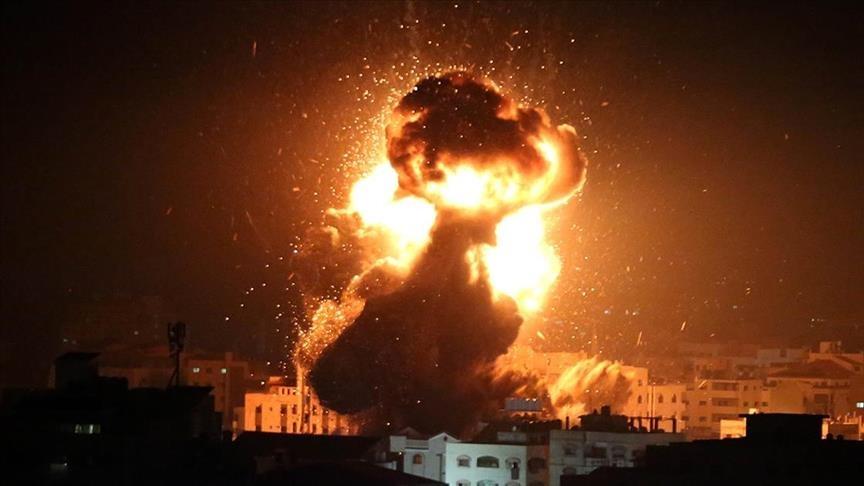Israeli regime warplanes strike Gaza Strip