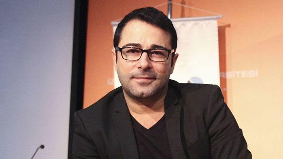 Journalist Murat Aksoy, singer Atilla Taş get jail terms over FETÖ links
