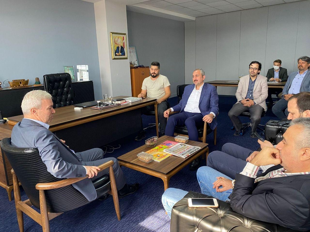 Justice Minister Gül visits Milli Gazete