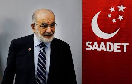 Karamollaoğlu: AKP faces serious desperation in foreign policy