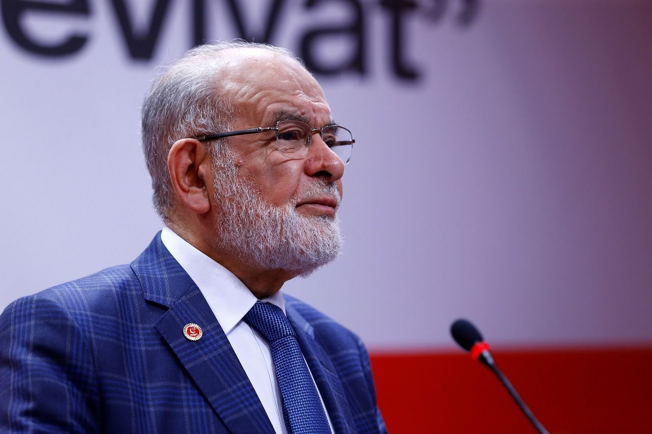 Karamollaoglu offered his condolences to the families of martyrs