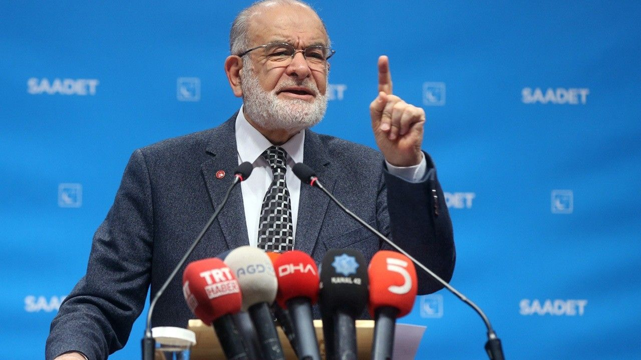 """Karamollaoğlu: """"Our country has become a family company"""""""