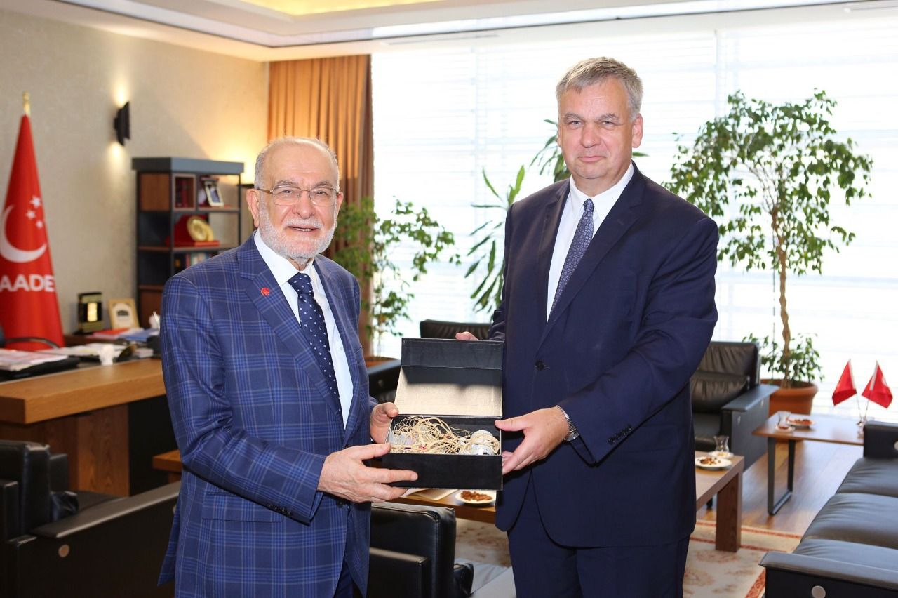 Karamollaoğlu receives German Ambassador to Ankara