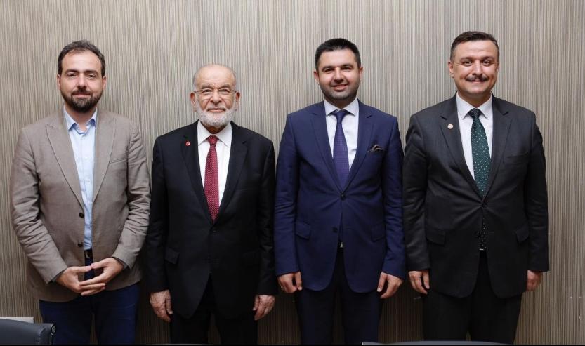 Karamollaoğlu receives the Saadet Party Pamukova Mayor