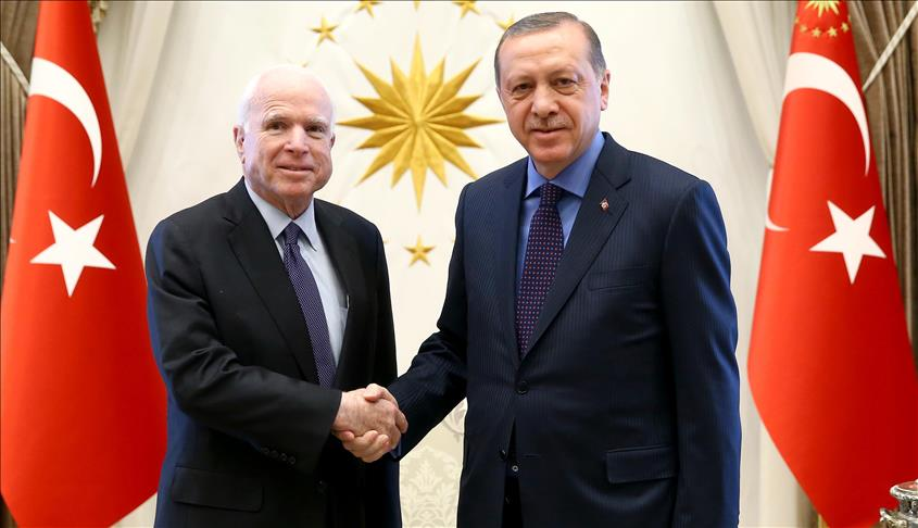 McCain: US should work with Turkey to fight against Daesh
