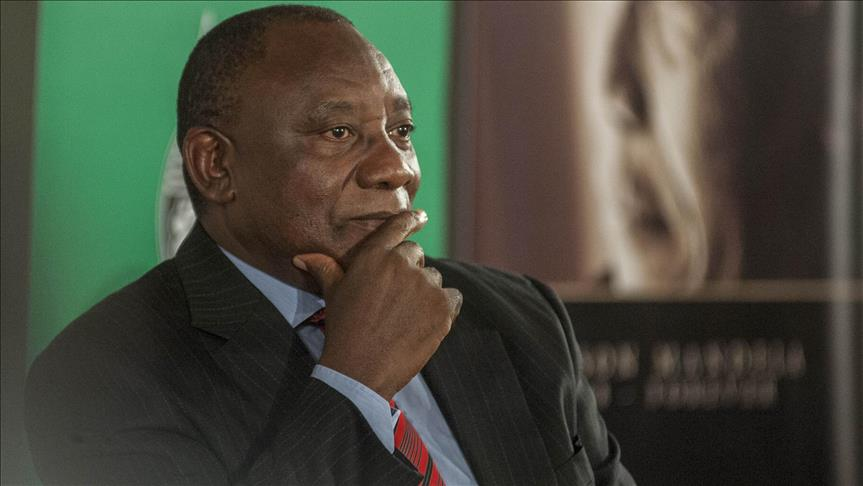 New South African leader pays 1st visit to Zimbabwe