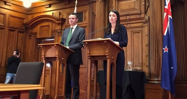 New Zealand government to ban foreigners from buying houses