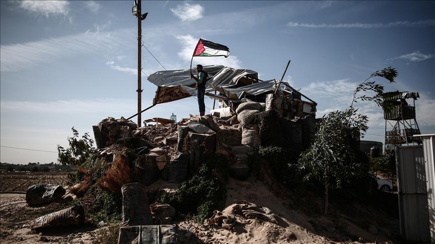 Occupier Israeli army strikes Gaza after rocket fire