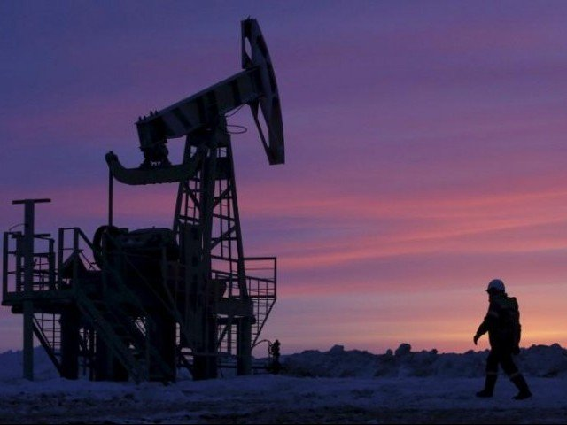Oil prices drop 31% in worst loss since Gulf War as price fight erupts